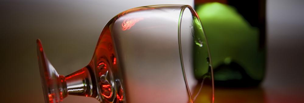 Wpływ alkoholu na układ krążenia - czy lampka wina może zaszkodzić?